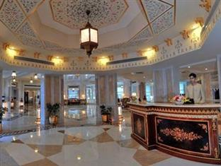 Wyndham Grand Agra Agra - Front View